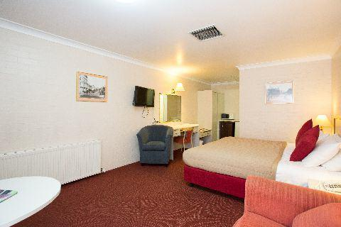 Images from The Club Motel Armidale